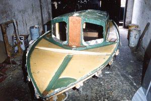 Deck and cockpit unit