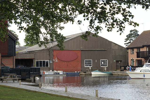 Moore's Boat Shed