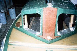 Deck unit - kingpost
