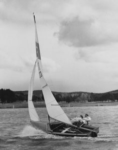 C133 Mystere sailed by Rod Dalgleish (photo: The Courier)